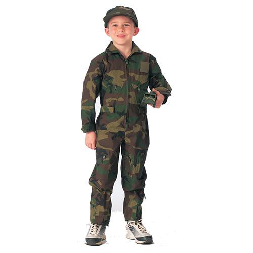 Tak bude vypadat malý letec v některých z dětských pilotních kombinéz ve  stylu US Air Force nabízených naším army shopem. 24fceed5dd6